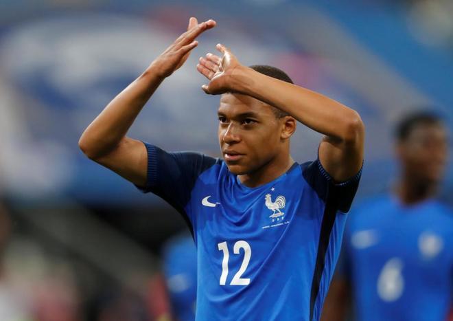 Kylian Mbappe, durante un partido reciente con Francia.