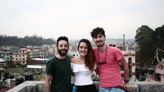 De izda a dcha. Víctor de Cea, Elena de Ondarza y Rubén Omar...