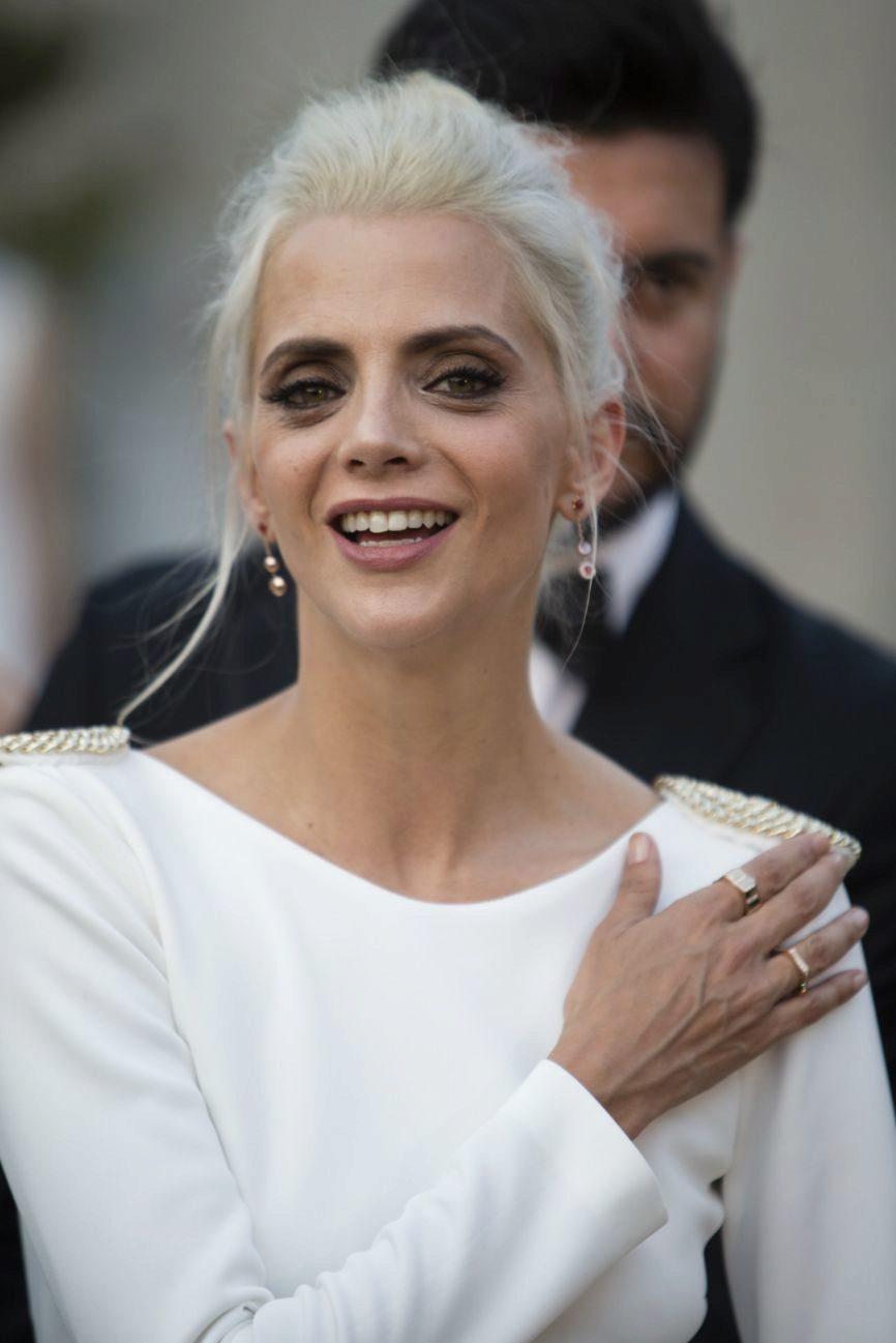 La actriz Macarena Gómez (39) ha sorprendido con un nuevo cambio de...