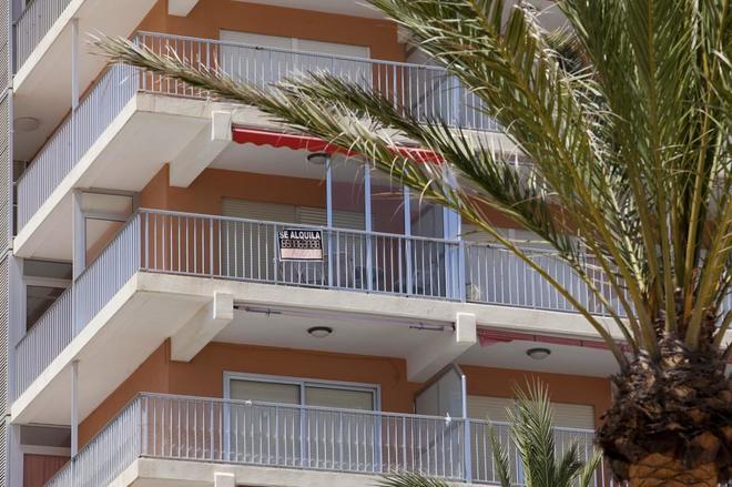 Alquilar un apartamento en la primera l nea de playa es for Alquilar un apartamento en sevilla