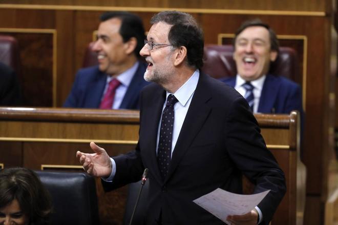 Mariano Rajoy durante su intervención en la sesión de control al...