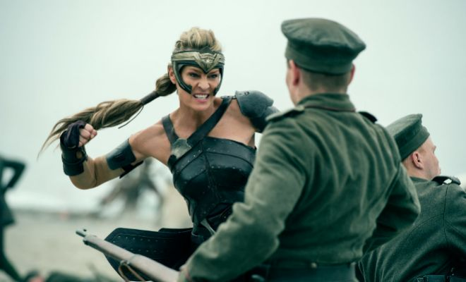 Wonder woman, fotograma de la película con Gal Gadot.