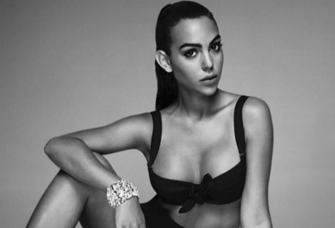 Georgina Rodríguez muy sensual en su estreno como modelo.