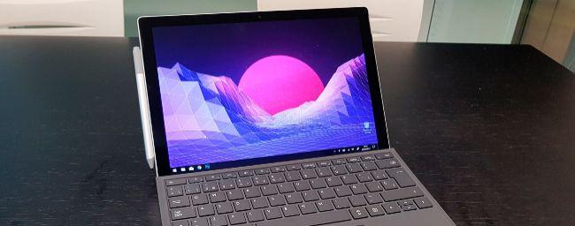 El nuevo Surface Pro no cambia casi nada, pero sigue siendo el mejor de su categoría
