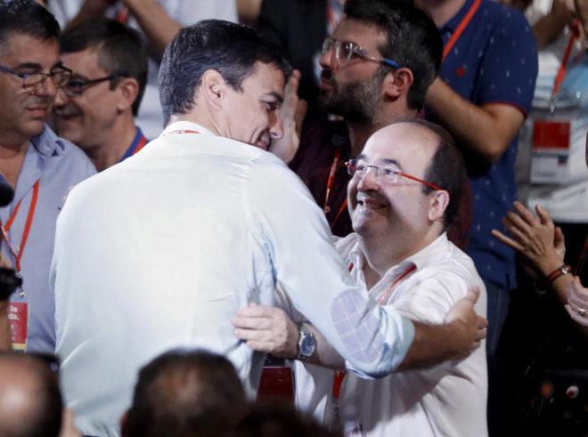 Pedro Sánchez y Miquel Iceta en el 39º Congreso del PSOE del pasado...