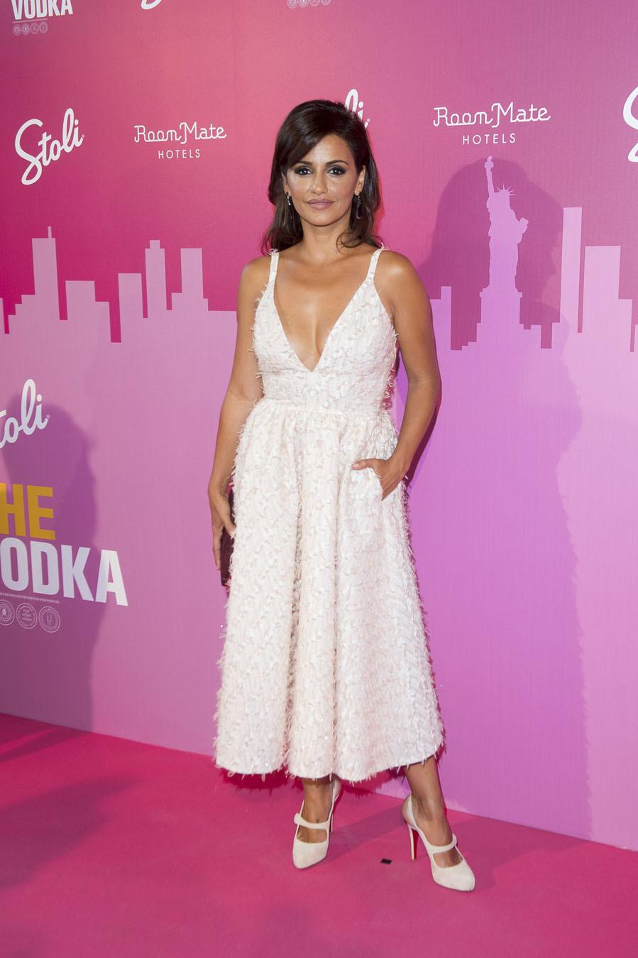 Mónica Cruz, con vestido rosa de aire \'lady\' | Yodona/moda | EL MUNDO