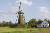 El paisaje de molinos de Neunen, la pequeña localidad donde Van Gogh...