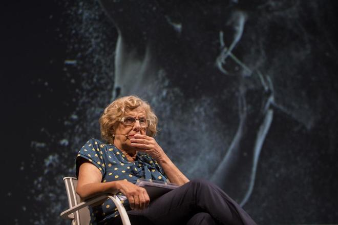 La acaldesa de Madrid, Manuela Carmena, en un acto en el Teatro Español.