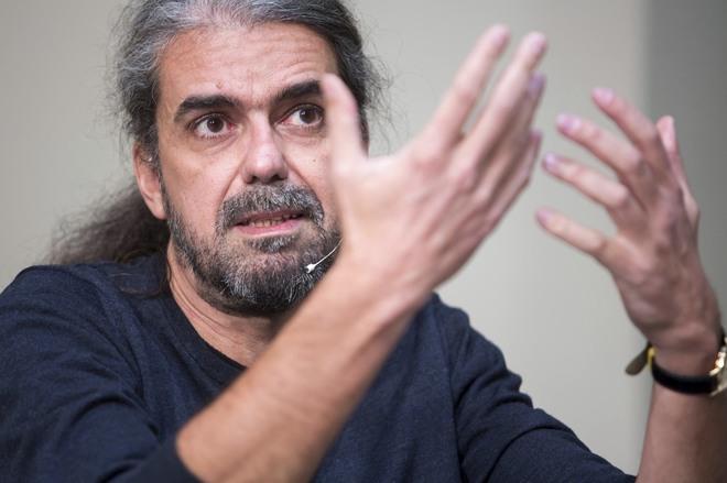 """Fernando León: """"El escepticismo anula la creación"""""""
