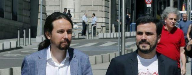Pablo Iglesias y Alberto Garzón, esta mañana en el Congreso.