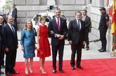 Los Reyes, con Mariano Rajoy y los presidentes del Congreso y el...