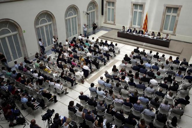 Presentación, ayer en el Parlament, de la Ley del Referéndum de...