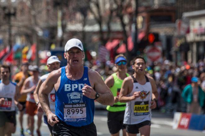 La película recuerda el atentado del maratón de Bostón en 2013.