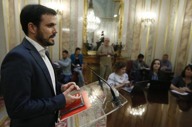 El líder de Izquierda Unida, Alberto Garzón, durante una...