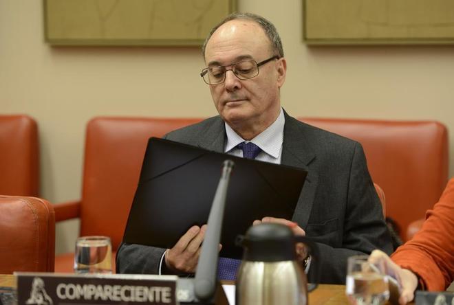El gobernador del Banco de España, Luis María Linde, durante una comparecencia reciente en el Congreso.