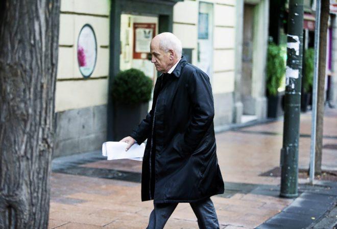 El empresario y vicepresidente del FC Barcelona, Carles Vilarrubí, a su llegada a la Audiencia Nacional para declarar por el 'caso Pujol', en 2014.
