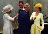 El Príncipe Carlos y Camila reciben a los Reyes Felipe y Letizia en...