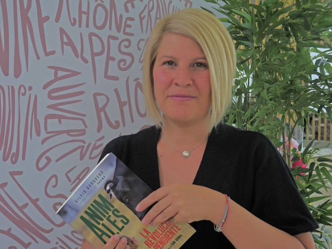 Silvia Barquero en la presentación del libro 'Animales. La revolución pendiente'.