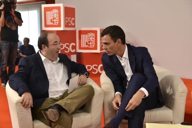 Miquel Iceta y Pedro Sánchez en un acto del PSC en Barcelona.
