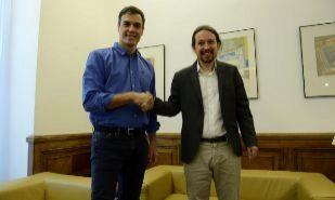 Pedro Sánchez y Pablo Iglesias en su último encuentro del pasado 27...