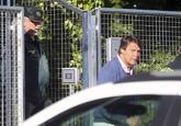 Pablo González, hermano de Ignacio, al salir de la comisaría.