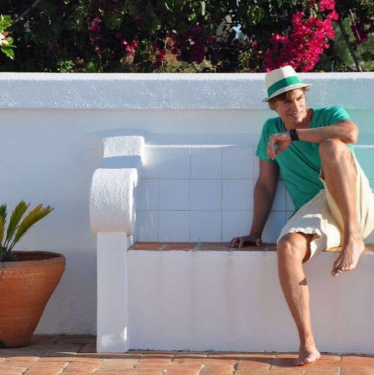 A diferencia de otros muchos artistas, Carlos Baute (43) nunca ha...