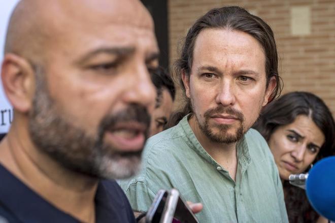 Pablo Iglesias y José García Molina, en el Consejo Ciudadano Estatal celebrado el pasado sábado.