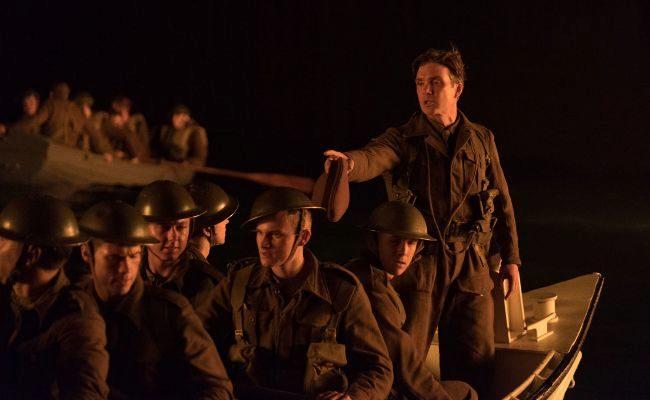 El director Christopher Nolan, además de rodar en el mismo terreno en...