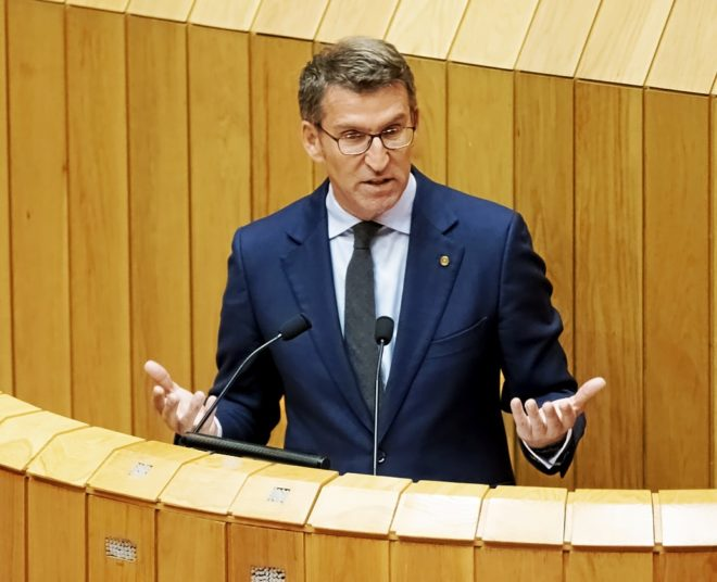 El presidente de la Xunta, Alberto Núñez Feijóo, en un debate...