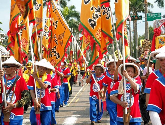 Protestas masivas en Taiwán contra la intención del Gobierno de limitar la quema de incienso