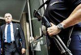 Luis Bárcenas sale del Congreso tras comparecer ante los diputados en...