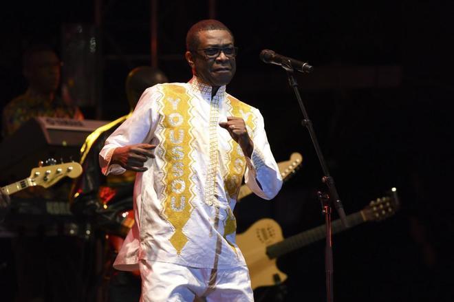 Youssou N'Dour tiene poder; Tinariwen tienen blues