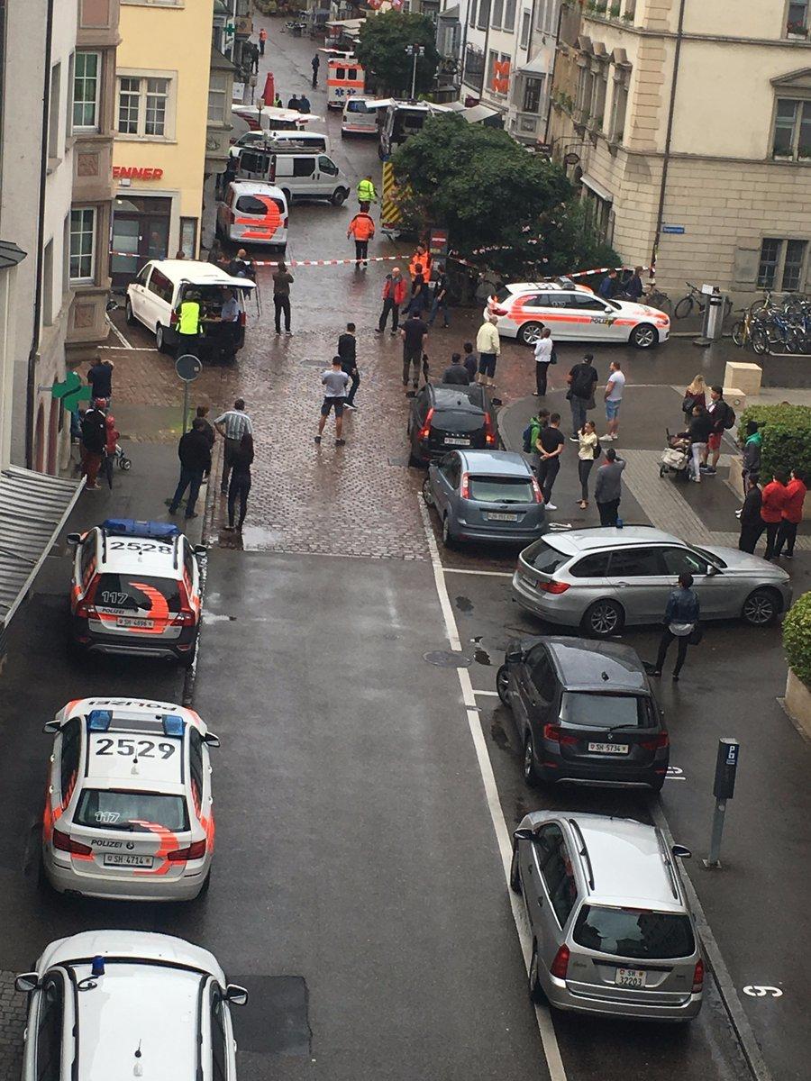 Operación policial tras el ataque en el pueblo suizo de chaffhausen.