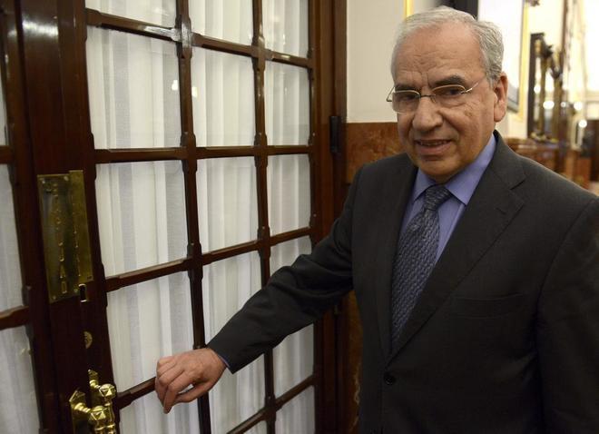Pedro Sánchez aparta a Alfonso Guerra de la fundación Pablo Iglesias