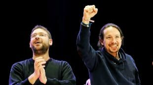 El líder de Podemos Cataluña, Albano Dante Fachin, y el secretario...