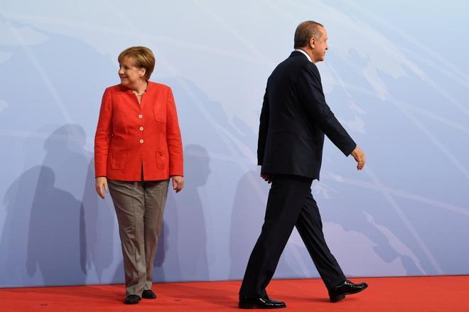"""Turquía, """"país inseguro"""" para ciudadanos y empresas alemanes"""