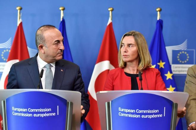 La Unión Europea critica el autoritarismo en Turquía