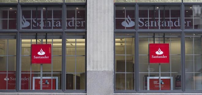 Vista de la sede del Banco Santander en Boston.