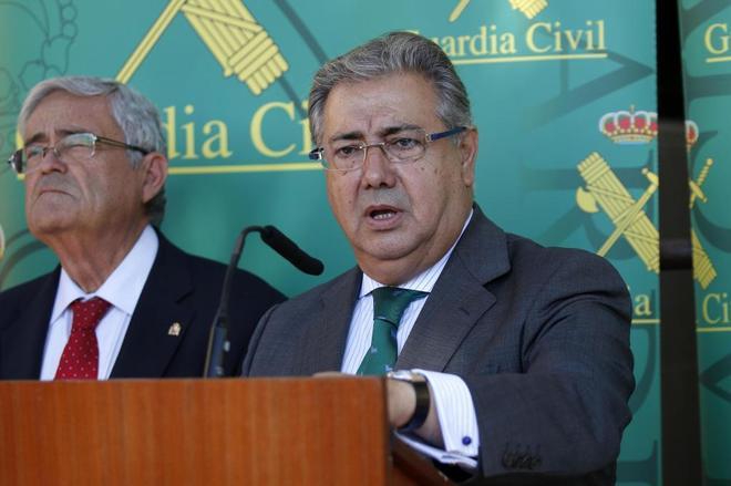 El ministro del Interior, Juan Ignacio Zoido, en un acto de la Guardia Civil en Almería.