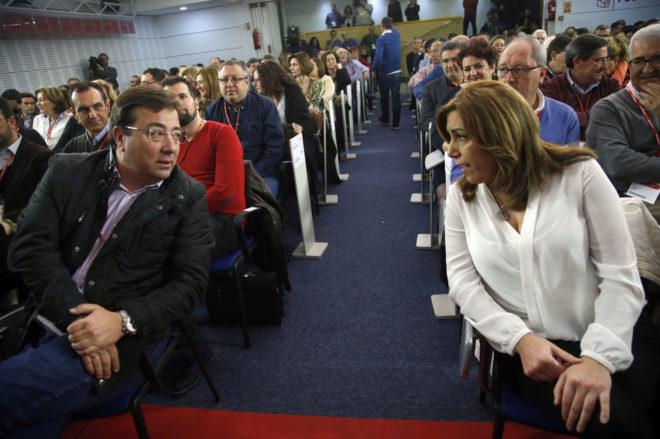 Susana Díaz y Guillermo Fernández Vara, en el Comité Federal del PSOE del pasado enero.