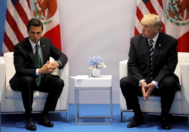 Donald Trump y Enrique Peña Nieto, durante su encuentro bilateral en el G20, el pasado julio en Hamburgo.