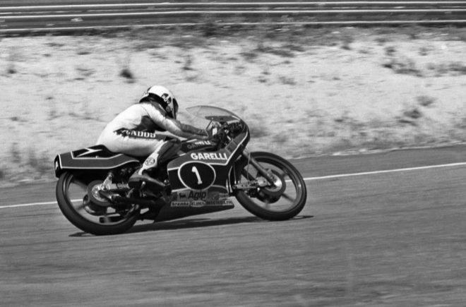 Ángel Nieto, de Garelli, en el XXXII Gran Premio de España, en la categoría de 125 c.c, 1982.