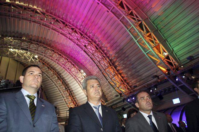 El entonces consejero Vallejo, en el centro, en la presentación de FIVA.