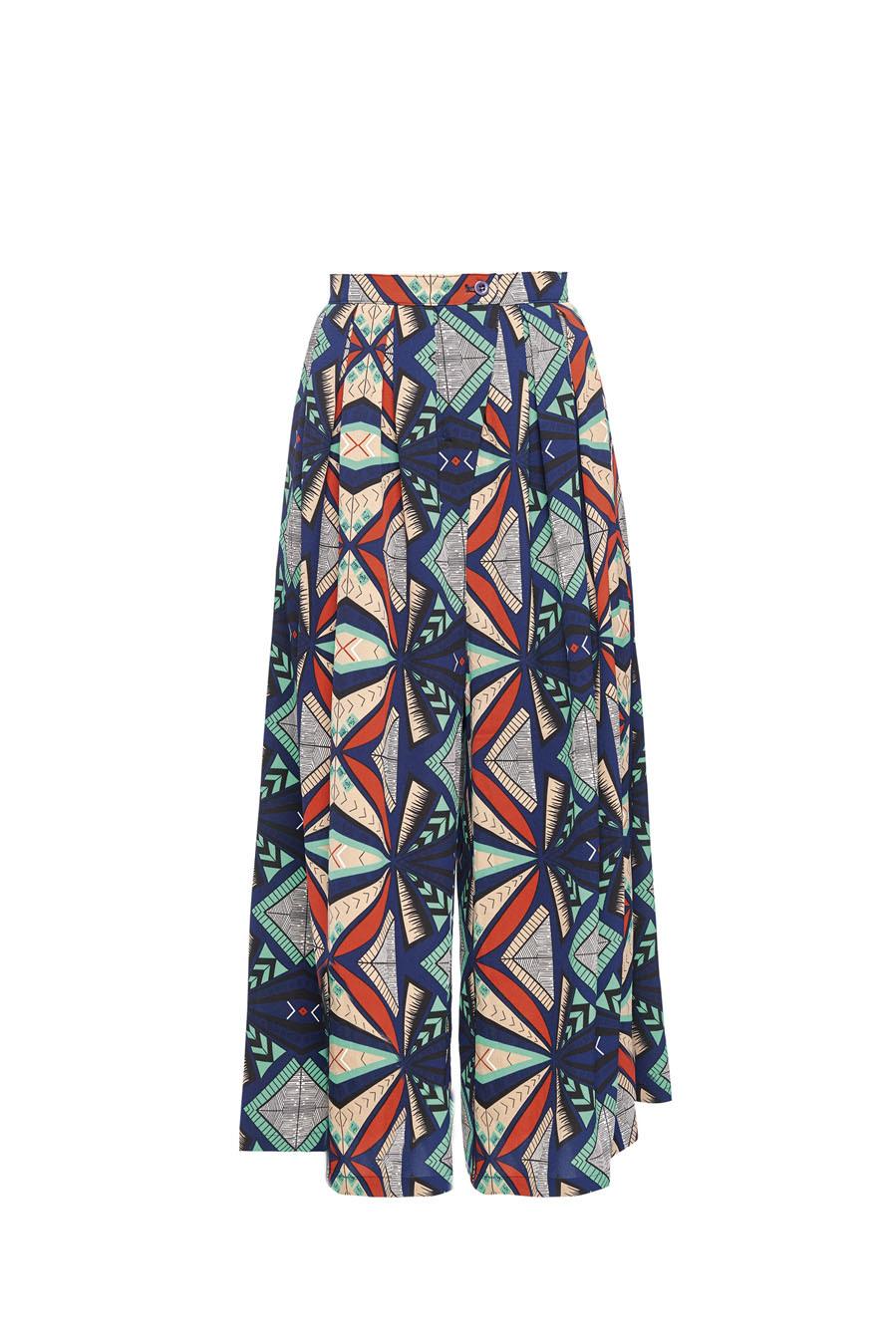 Uno de los modelos largos y estampados de falda que propone la firma...