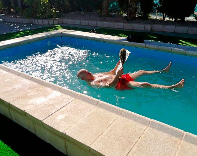 Ibáñez, el creador del agua flotante para evitar ahogamientos en piscinas