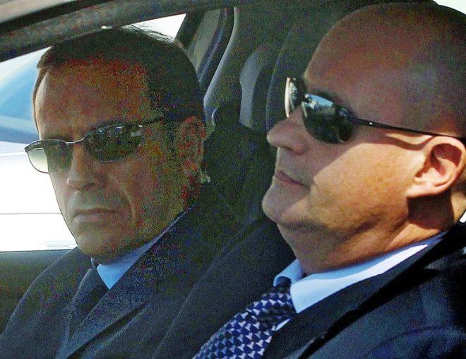 El inspector José María Ballesteros (izda.) y el comisario Enrique...