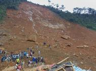 Estado del suburbio de Regent, detrás del embalse de Guma cerca de la capital Freetown.