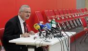 El ex diputado Antonio Trevín, durante su anuncio de abandono del...