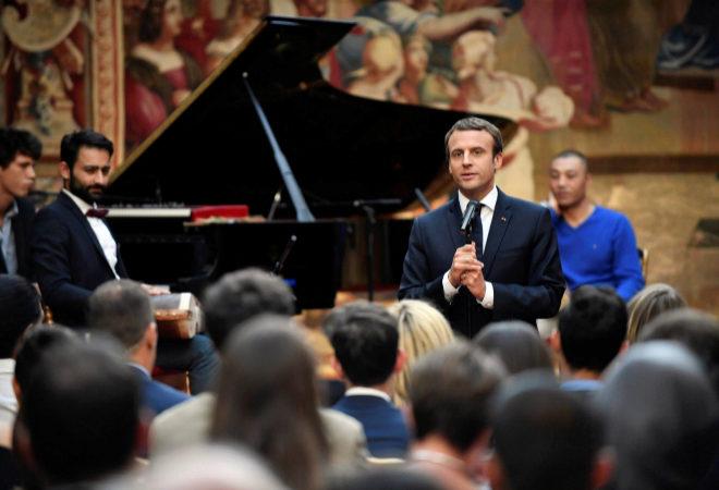 Asi Es El Presidente Frances Emmanuel Macron Segun La Musica Que Le Apasiona Loc El Mundo