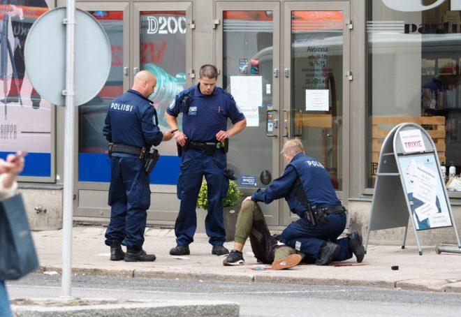 Cinco personas arrestadas tras el ataque con arma blanca en Finlandia